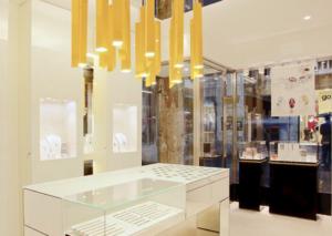 Nomination Italy Store Venezia budget jewellery store in Venice Italy